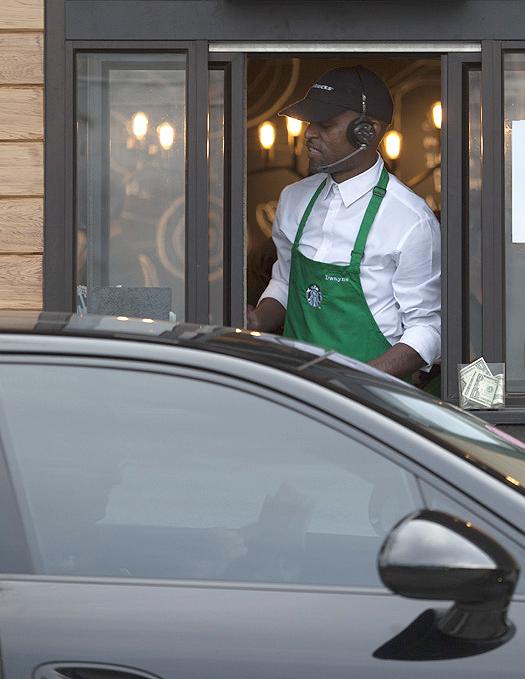 Starbucks - cafe  | Photo 10 of 10 | Address: 15521 San Pablo Ave a1, Richmond, CA 94806, USA | Phone: (510) 222-6095