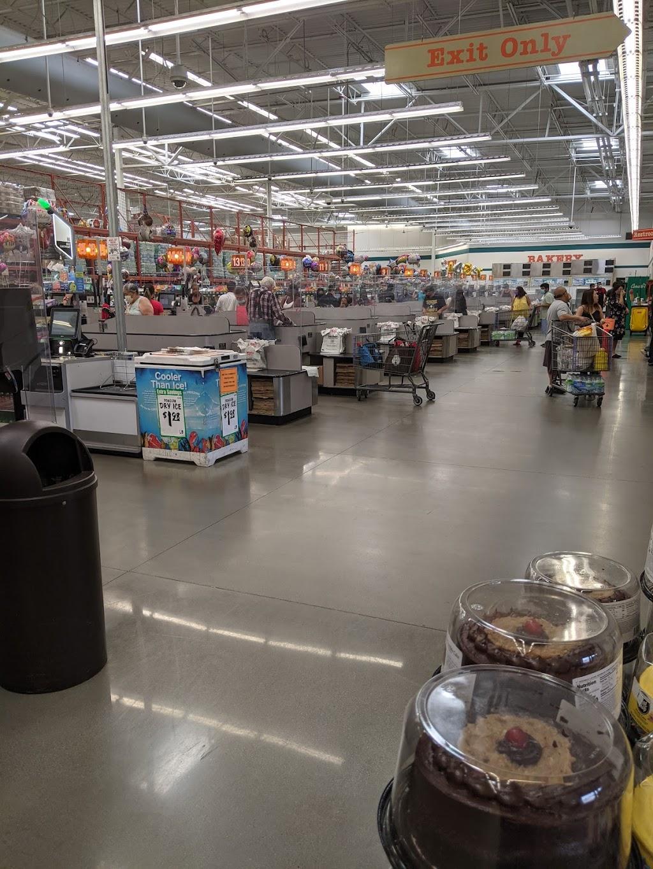WinCo Foods - supermarket    Photo 8 of 10   Address: 1004 S Peach Ave #69, Fresno, CA 93727, USA   Phone: (559) 251-1002