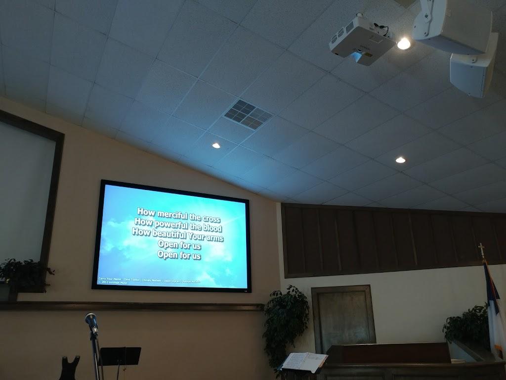 Broadview Baptist Church - church  | Photo 4 of 6 | Address: 1302 N Frankford Ave, Lubbock, TX 79416, USA | Phone: (806) 797-3038