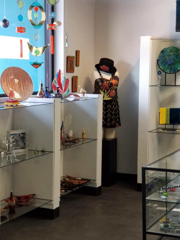 Contempo Art Glass Gallery - art gallery  | Photo 2 of 10 | Address: 1101 S Bowen Rd, Arlington, TX 76013, USA | Phone: (817) 673-2949
