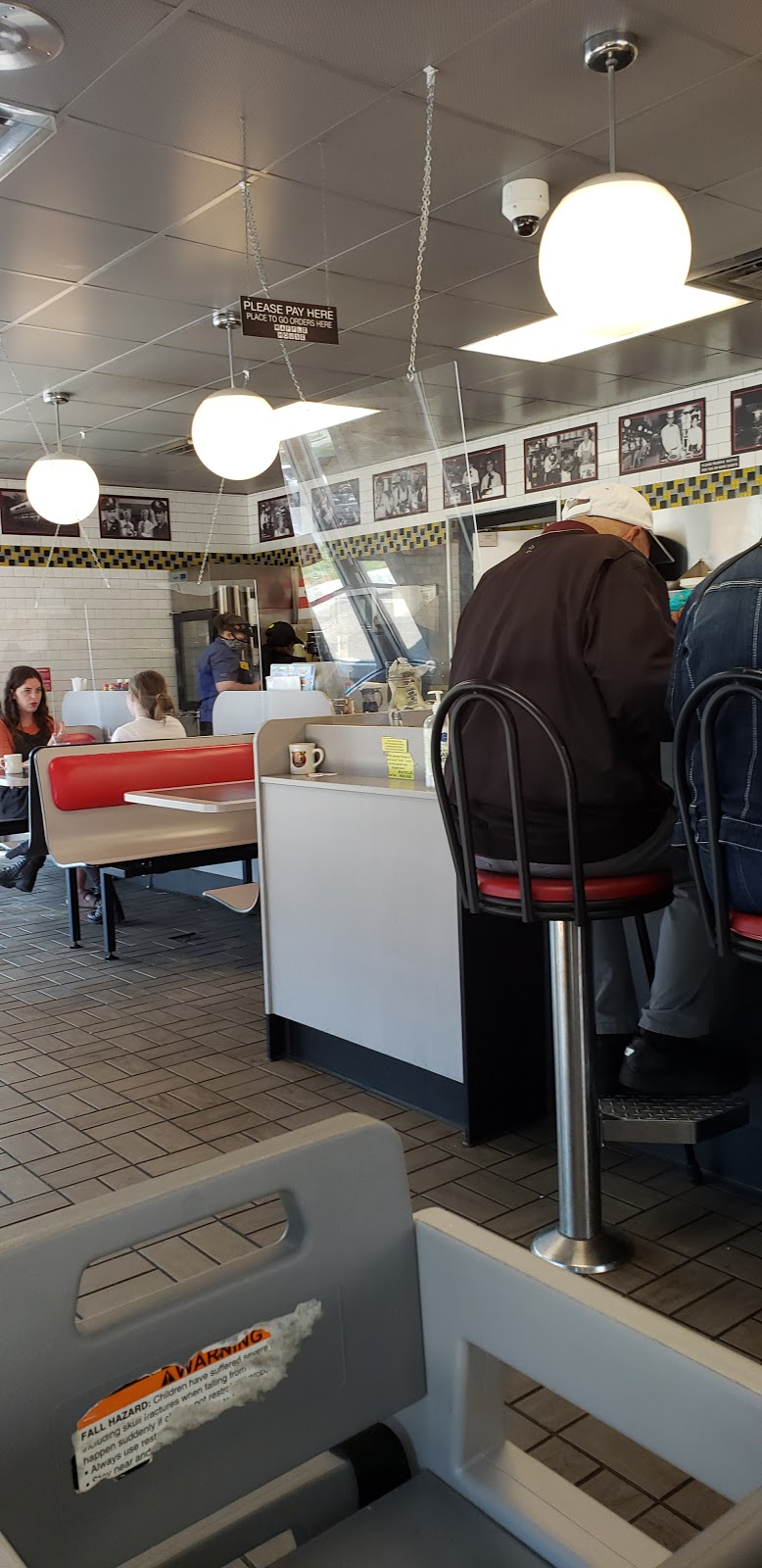 Waffle House - meal takeaway  | Photo 4 of 10 | Address: 1405 University Dr, Burlington, NC 27215, USA | Phone: (336) 684-8502