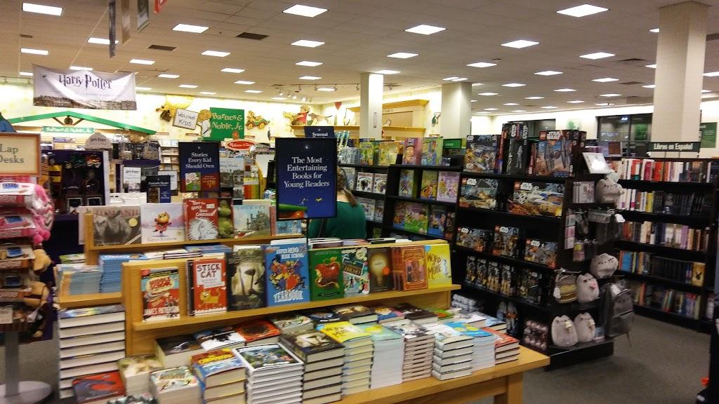 Barnes & Noble - book store    Photo 8 of 10   Address: Patton Creek Shopping Center, 171 Main St, Hoover, AL 35244, USA   Phone: (205) 682-4467