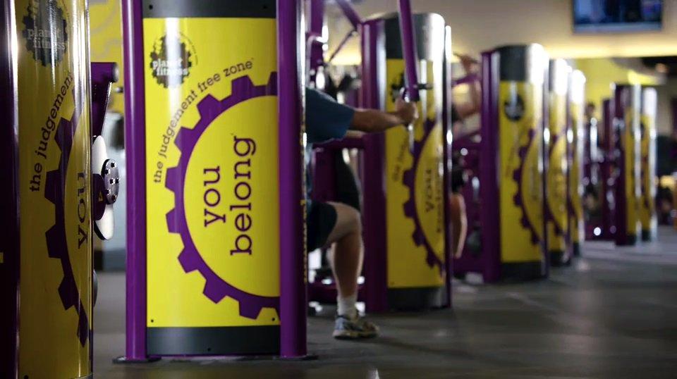Planet Fitness - gym    Photo 9 of 10   Address: 8921 N 7th St, Phoenix, AZ 85020, USA   Phone: (480) 745-2710