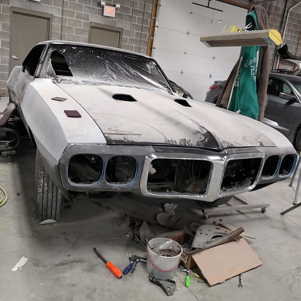 HD Auto Creations - car repair    Photo 5 of 10   Address: 975 N 13th St, Fort Calhoun, NE 68023, USA   Phone: (402) 510-8021