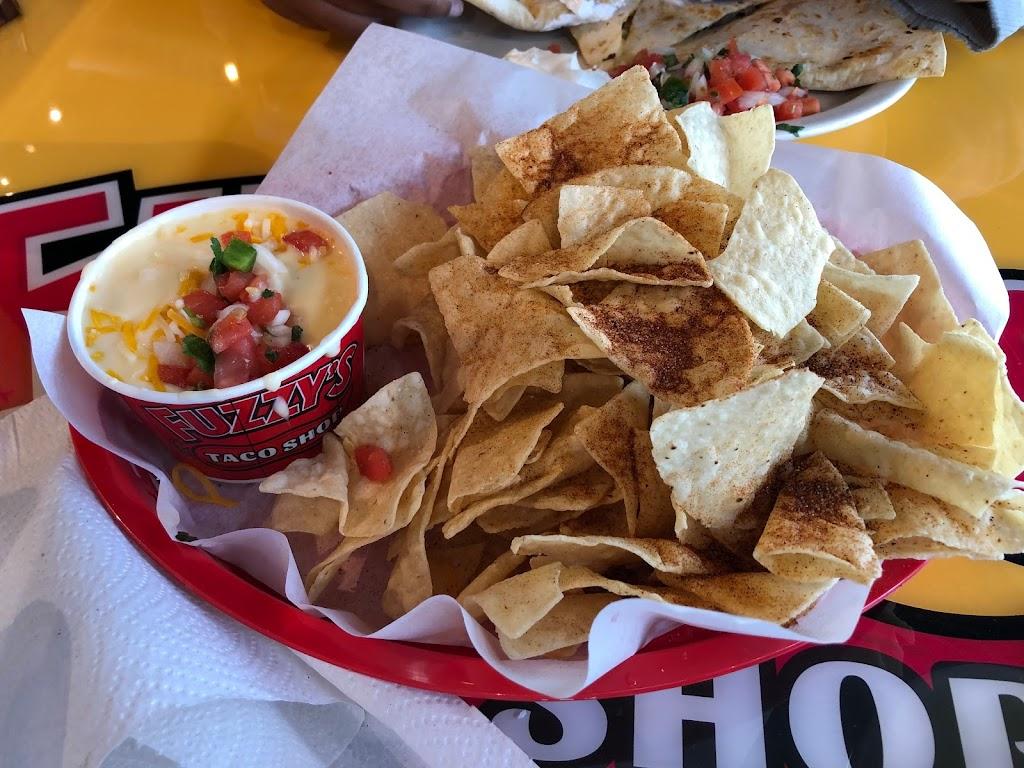 Fuzzys Taco Shop - restaurant  | Photo 4 of 10 | Address: 228 E Pleasant Run Rd, DeSoto, TX 75115, USA | Phone: (469) 297-4924