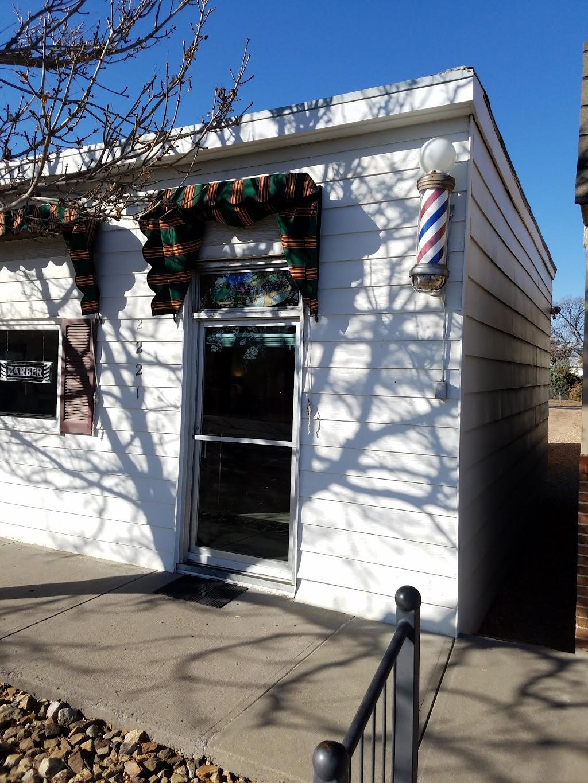 Eastlake Barber shop - hair care  | Photo 4 of 7 | Address: 2221 Lake Ave, Eastlake, CO 80614, USA | Phone: (303) 452-1641
