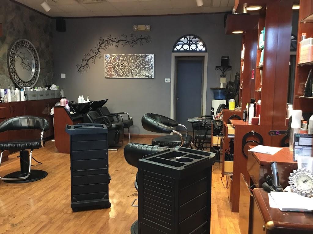 Hair Mania - hair care  | Photo 2 of 3 | Address: 20 W Central St, Franklin, MA 02038, USA | Phone: (508) 520-1485