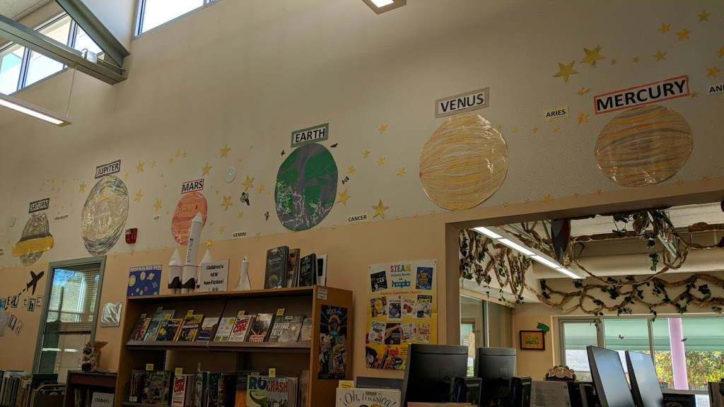 East Mountain Public Library - library  | Photo 2 of 10 | Address: 487 NM-333, Tijeras, NM 87059, USA | Phone: (505) 281-8508