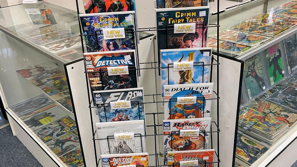 Back2Back Comics @ Cobb Antique Mall - book store  | Photo 10 of 10 | Address: 2800 Canton Road Vendor 034, Marietta, GA 30066, USA | Phone: (770) 364-2376