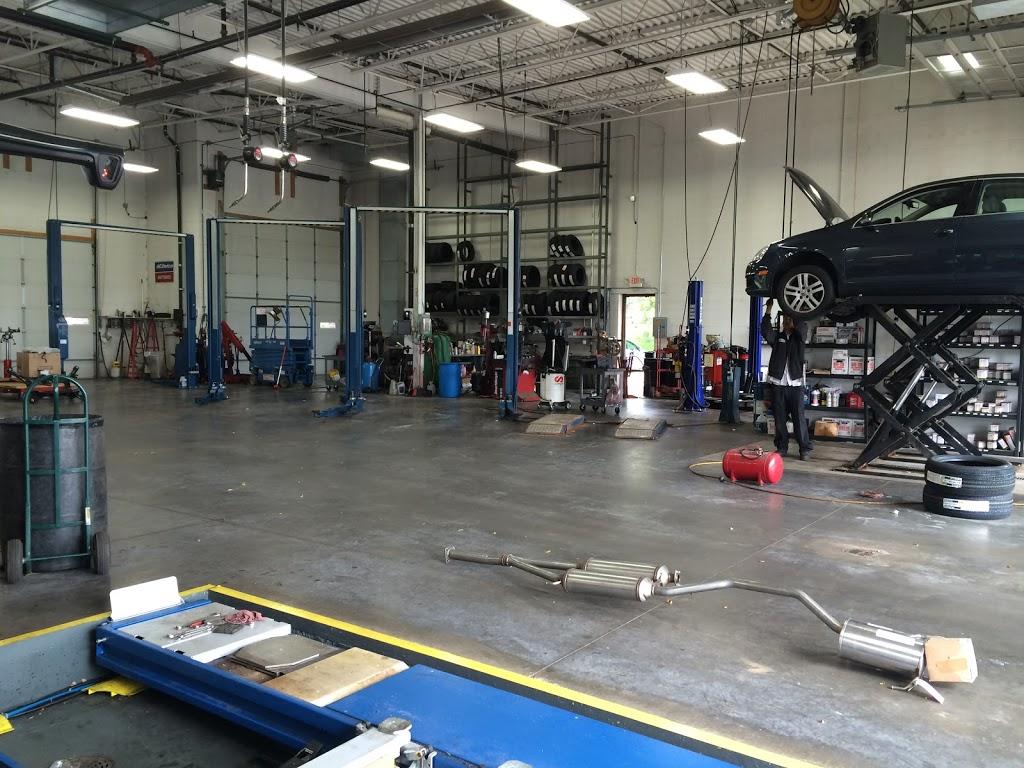 EP Auto, Tire & Glass - car repair    Photo 5 of 10   Address: 12479 Plaza Dr, Eden Prairie, MN 55344, USA   Phone: (952) 928-8888