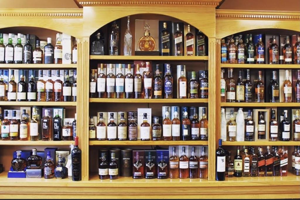 Wine Country Inc - store  | Photo 2 of 9 | Address: 741 Main St, Winchester, MA 01890, USA | Phone: (781) 721-1045