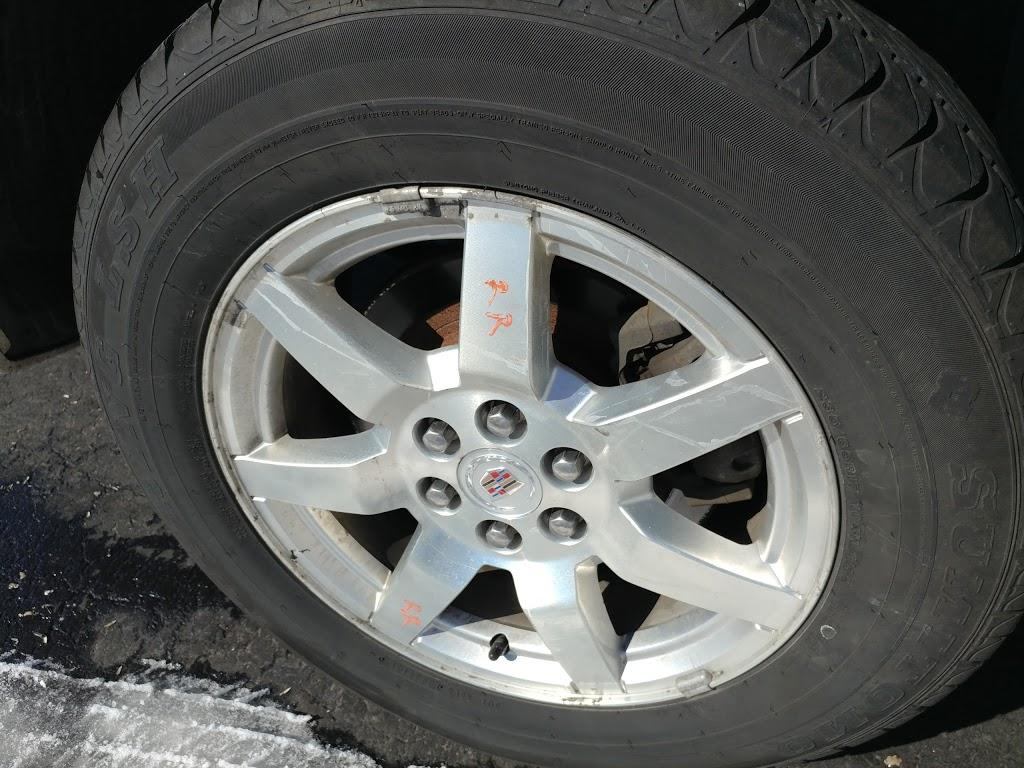 Jiffy Lube - car repair  | Photo 4 of 8 | Address: 1534 Vierling Dr E, Shakopee, MN 55379, USA | Phone: (952) 496-0922