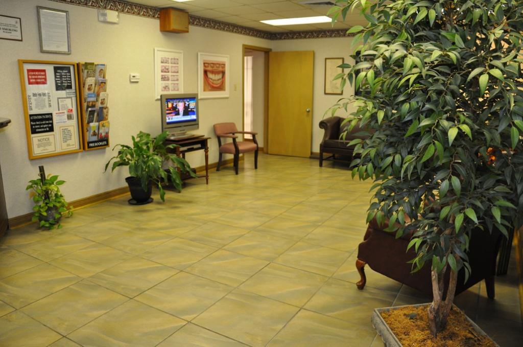 Dr. Valerie R. Hemphill, DDS - dentist    Photo 2 of 7   Address: 2272 Barataria Blvd #5402, Marrero, LA 70072, USA   Phone: (504) 341-3120