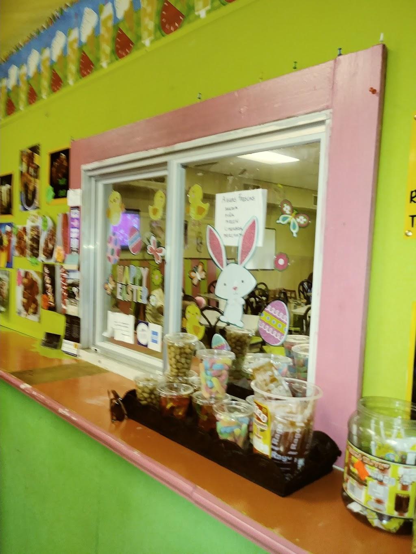 Lilys Neveria - cafe  | Photo 5 of 10 | Address: 2901 Norton St, Corpus Christi, TX 78415, USA | Phone: (361) 806-9210