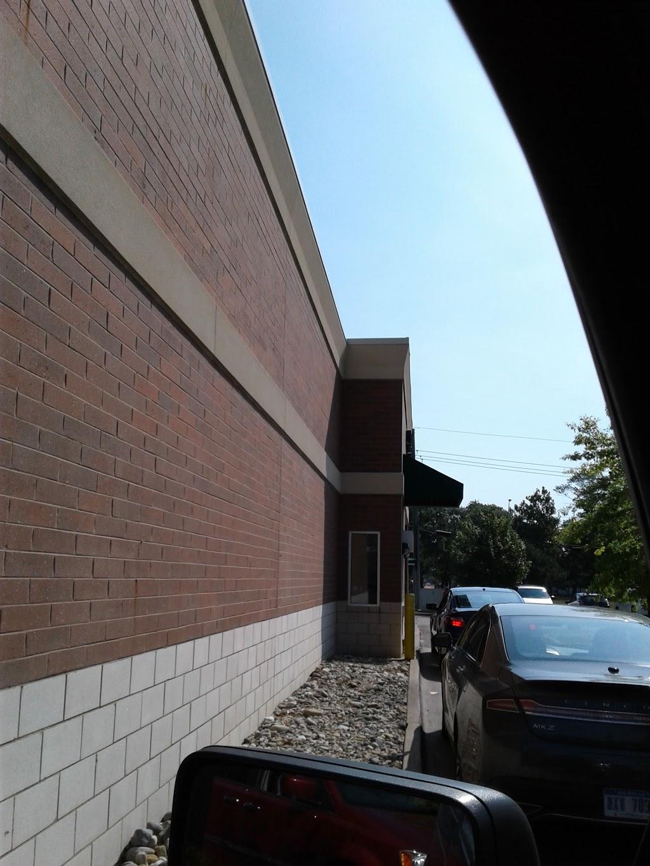 Starbucks - cafe    Photo 9 of 10   Address: 29215 Mound Rd, Warren, MI 48092, USA   Phone: (586) 582-9085