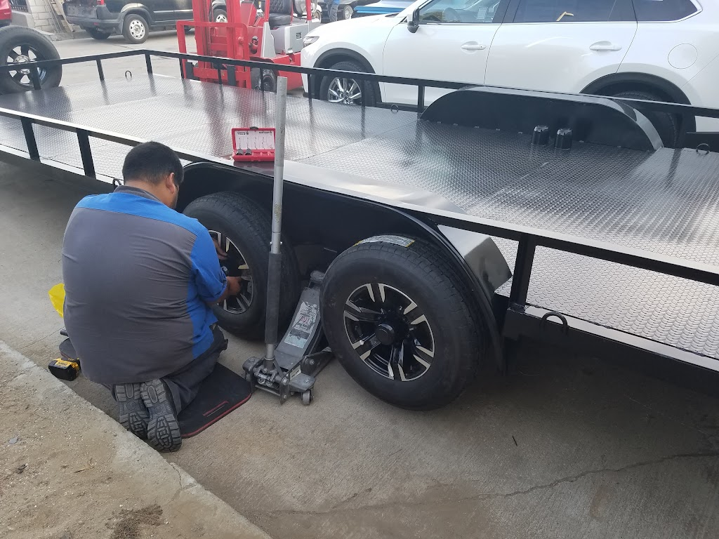ABS Collision Center - car repair  | Photo 3 of 5 | Address: 17250 Valley Blvd, Fontana, CA 92335, USA | Phone: (909) 829-1188