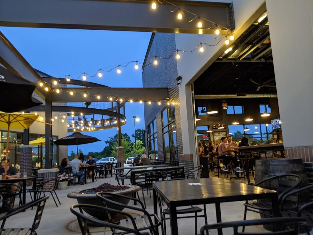 Global Brew Tap House - restaurant  | Photo 7 of 10 | Address: 2329 Plum St, Edwardsville, IL 62025, USA | Phone: (618) 307-5858