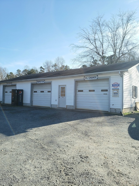 C & M Auto Services - car repair    Photo 2 of 3   Address: 203 S Stout St, Randleman, NC 27317, USA   Phone: (336) 498-3155