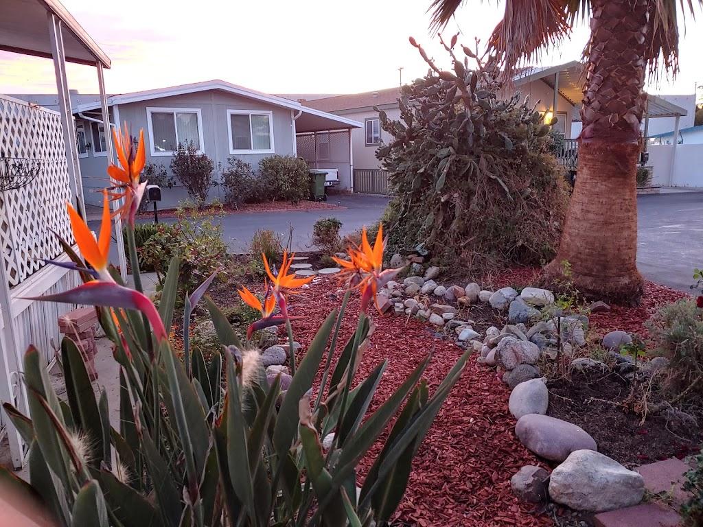 Sunburst Park Mobile Homes Est - rv park  | Photo 8 of 10 | Address: 21001 Plummer St SPC 14, Chatsworth, CA 91311, USA | Phone: (818) 618-2391