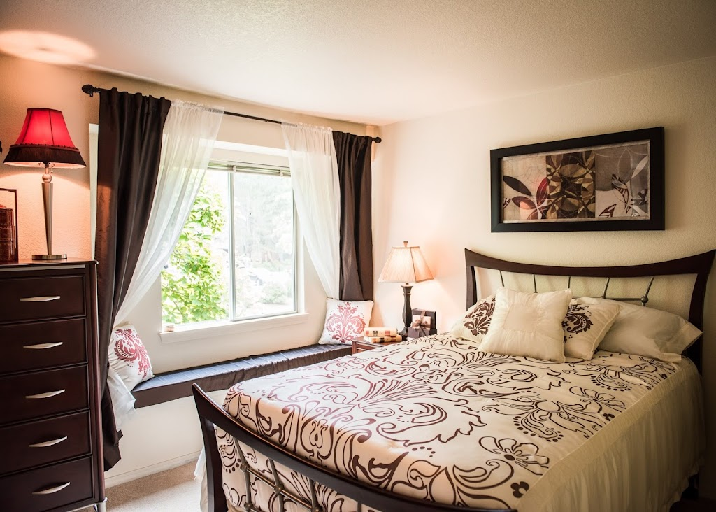 Kings Court Apartments - real estate agency  | Photo 2 of 10 | Address: 16300 SW Estuary Dr, Beaverton, OR 97006, USA | Phone: (844) 672-5187