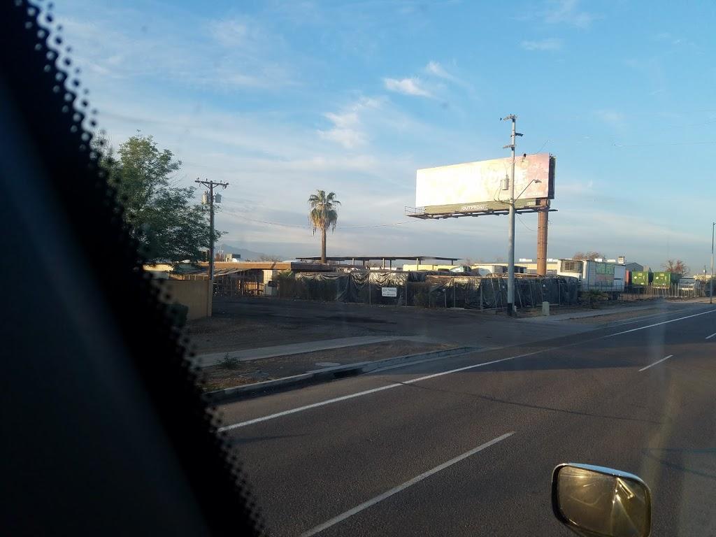 Desert Transfer - car repair    Photo 4 of 4   Address: 3751 W Lower Buckeye Rd, Phoenix, AZ 85009, USA   Phone: (602) 272-6671