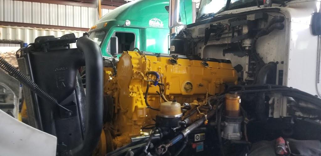 V&M SERVICE TRUCK - car repair  | Photo 7 of 7 | Address: 700 Peyton Rd, El Paso, TX 79928, USA | Phone: (915) 764-8502