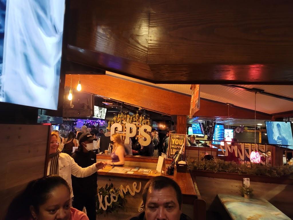 CP Shuckers Cafe & Raw Bar - restaurant  | Photo 2 of 10 | Address: 3232 Shore Dr, Virginia Beach, VA 23451, USA | Phone: (757) 412-2929
