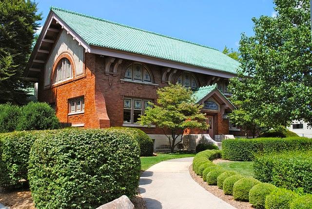 Eckhart Public Library - library  | Photo 2 of 10 | Address: 603 S Jackson St, Auburn, IN 46706, USA | Phone: (260) 925-2414