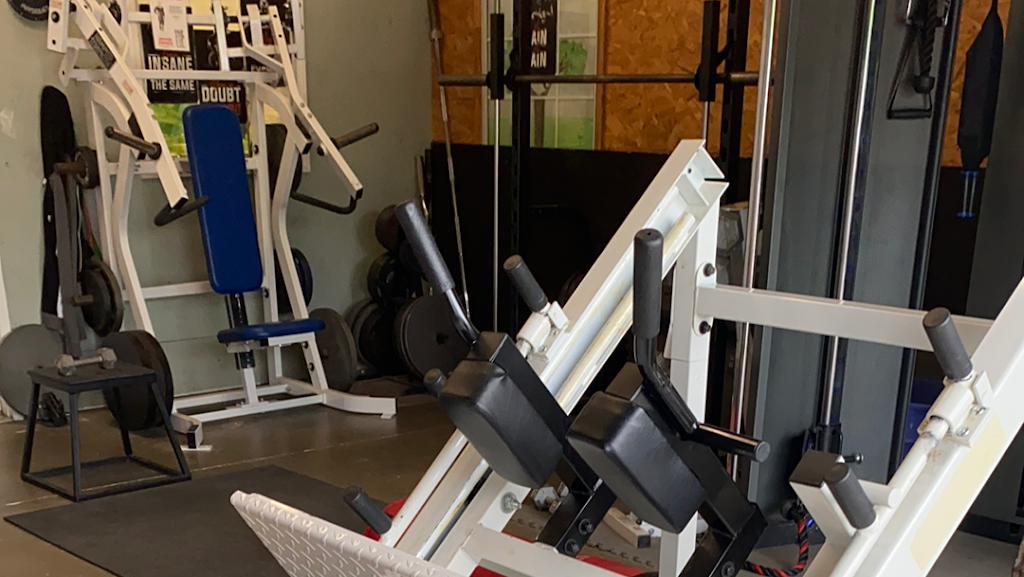 Performance Physiques Gym - gym    Photo 2 of 3   Address: 11601 Reames Rd, Charlotte, NC 28269, USA   Phone: (704) 998-9944