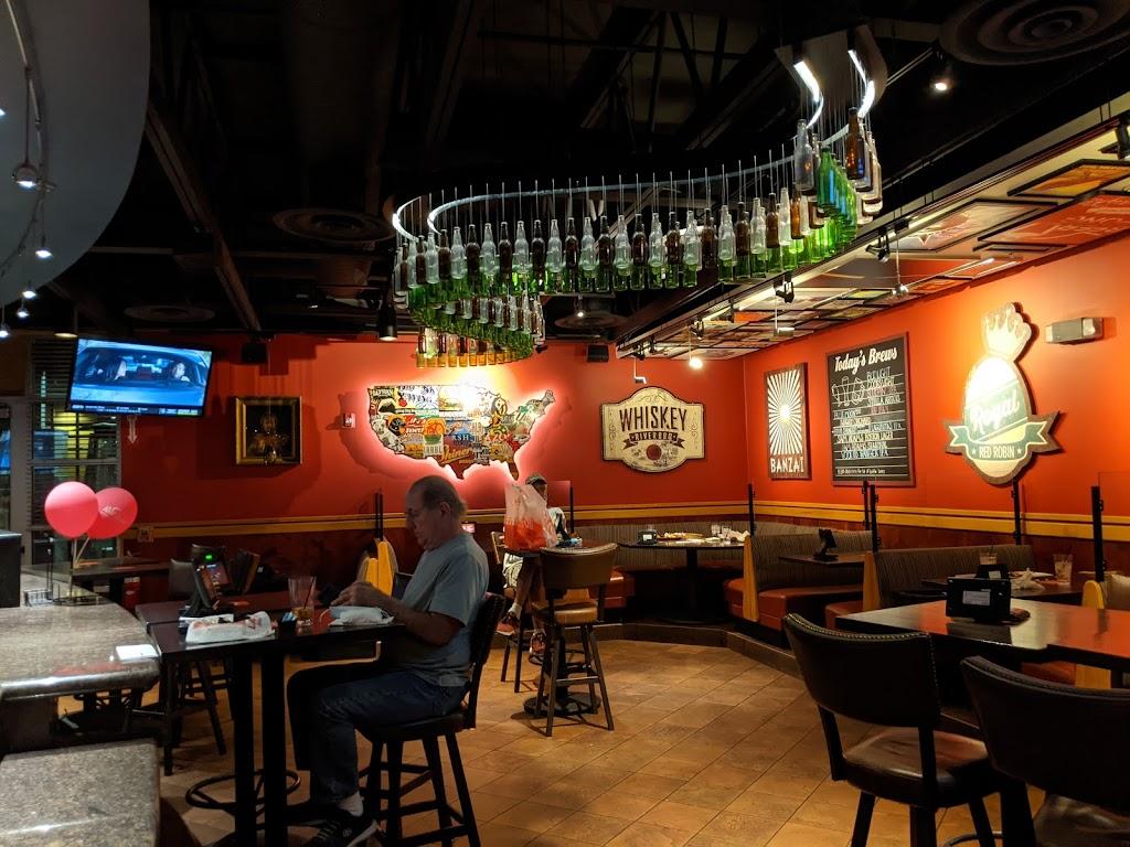 Red Robin Gourmet Burgers and Brews - restaurant  | Photo 4 of 10 | Address: 2501 W Happy Valley Rd Ste 10, Phoenix, AZ 85085, USA | Phone: (623) 581-8635