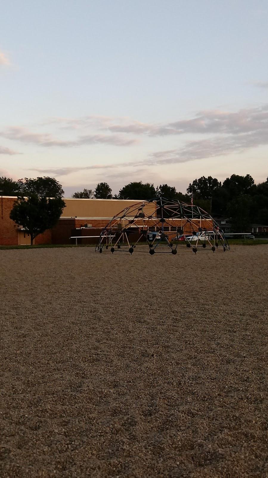 Summerside Elementary School - school    Photo 4 of 10   Address: 4639 Vermona Dr, Cincinnati, OH 45245, USA   Phone: (513) 947-7900