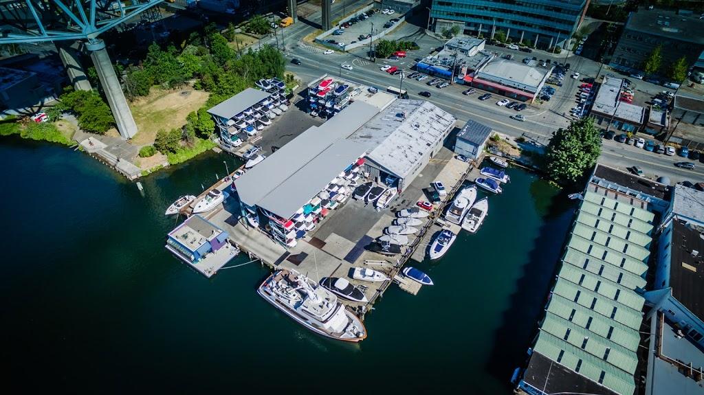 Seattle Boat Company - storage  | Photo 5 of 10 | Address: 659 NE Northlake Way, Seattle, WA 98105, USA | Phone: (206) 633-2628