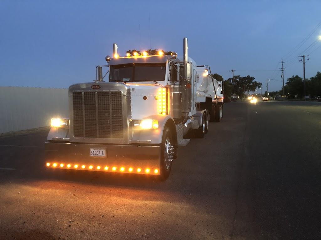 G R Trucking - moving company    Photo 3 of 6   Address: 12584 White Rock Rd, Rancho Cordova, CA 95742, USA   Phone: (916) 985-2700