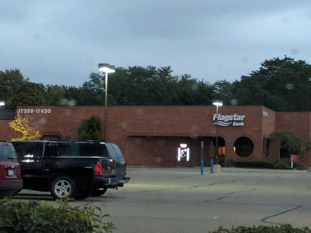 Flagstar Bank - bank  | Photo 5 of 5 | Address: 17430 13 Mile Rd, Beverly Hills, MI 48025, USA | Phone: (248) 646-6588