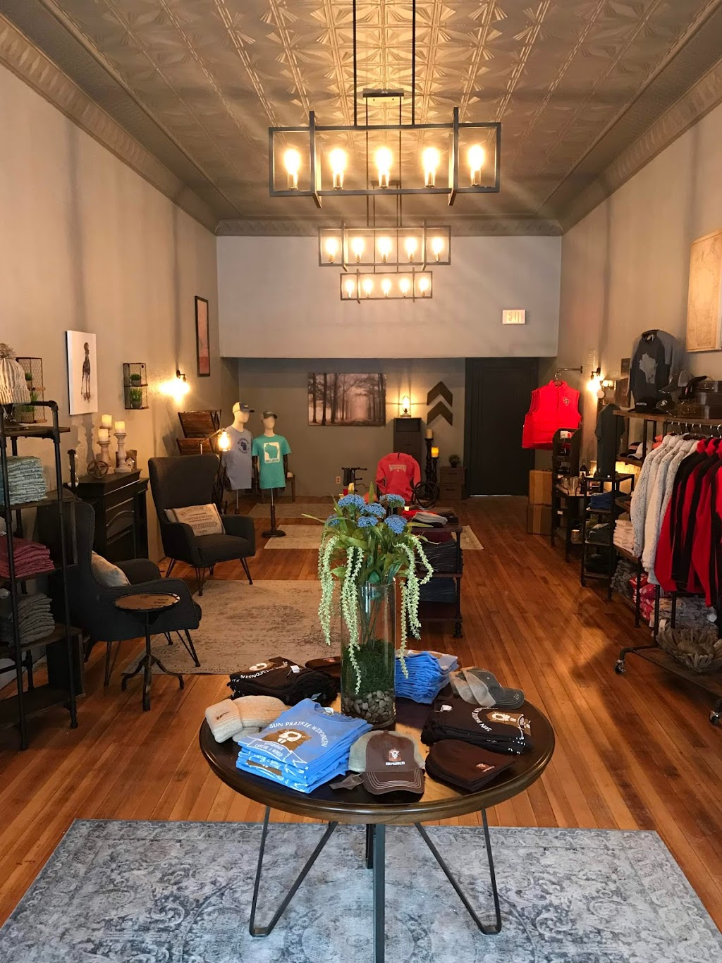 Wisconsin Apparel Co. - clothing store  | Photo 7 of 10 | Address: 229 E Main St, Sun Prairie, WI 53590, USA | Phone: (608) 770-1819