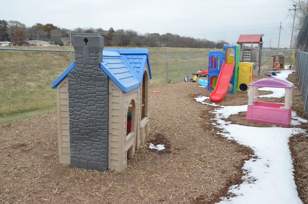 Pre-K & Play Academy - school  | Photo 10 of 10 | Address: 206 E Lincoln St # A, Papillion, NE 68046, USA | Phone: (402) 452-3890