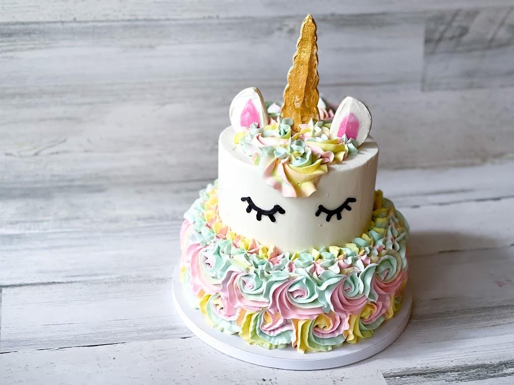 Sweet Things Bakery - bakery  | Photo 2 of 10 | Address: Mansfield, TX 76063, USA | Phone: (817) 608-6110