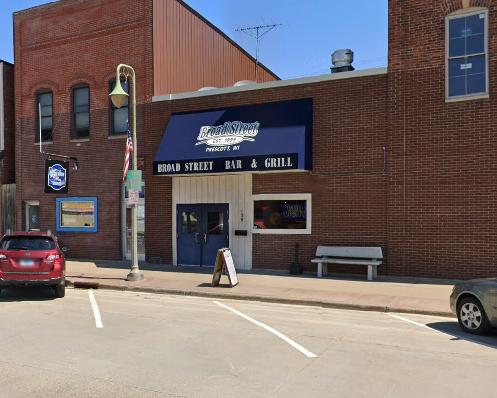 Broad Street Bar and Grill - restaurant    Photo 1 of 10   Address: 138 Broad St, Prescott, WI 54021, USA   Phone: (715) 262-3880
