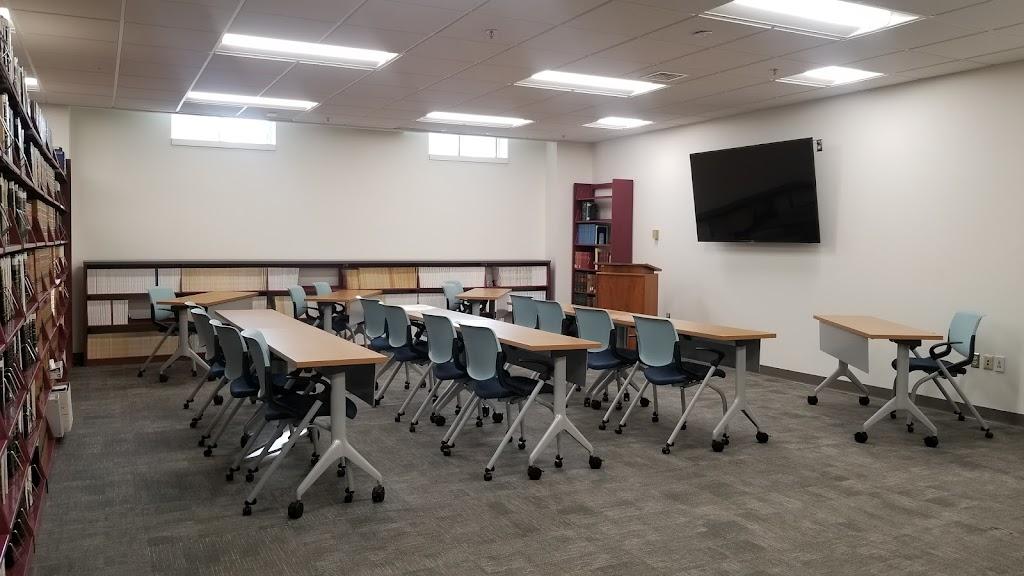 Wahab Public Law Library - library  | Photo 6 of 8 | Address: 2425 Nimmo Pkwy # 10B, Virginia Beach, VA 23456, USA | Phone: (757) 385-4419