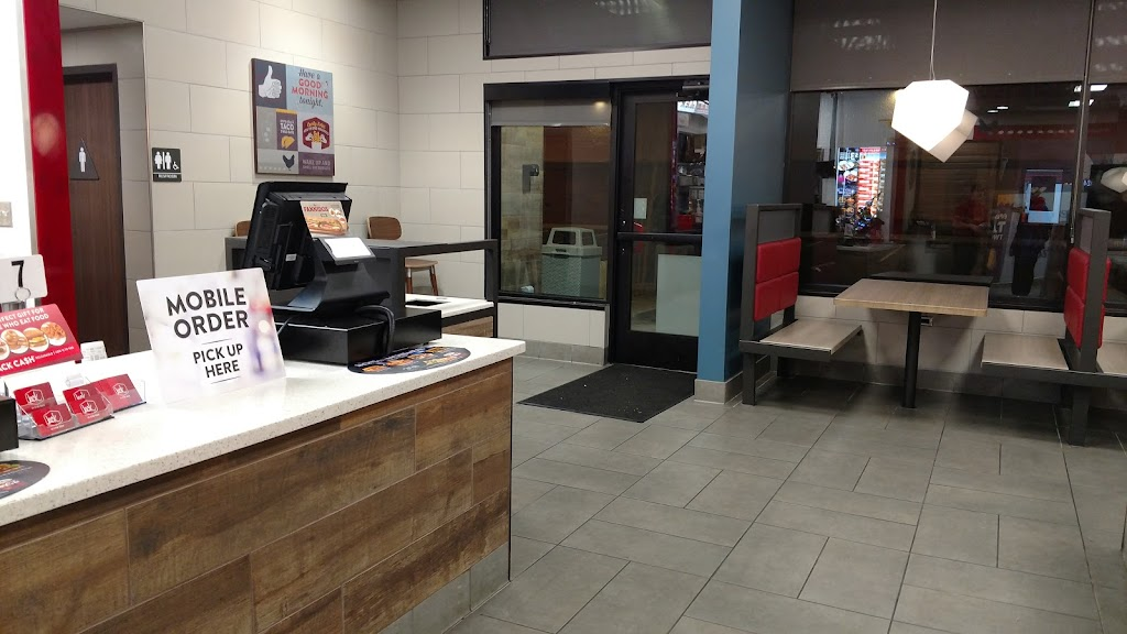 Jack in the Box - restaurant    Photo 5 of 10   Address: 3749 S Mission Rd, Tucson, AZ 85713, USA   Phone: (520) 209-1880