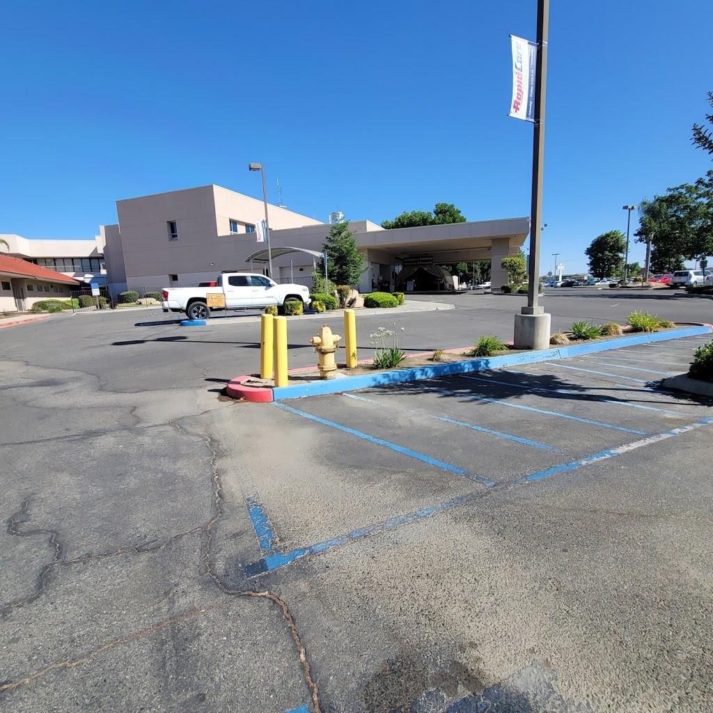 Madera County Hospital - hospital    Photo 8 of 10   Address: 1250 E Almond Ave, Madera, CA 93637, USA   Phone: (559) 675-5555