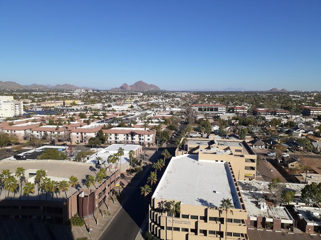 Fellowship Towers - lodging  | Photo 2 of 10 | Address: 222 E Indianola Ave, Phoenix, AZ 85012, USA | Phone: (602) 266-9438