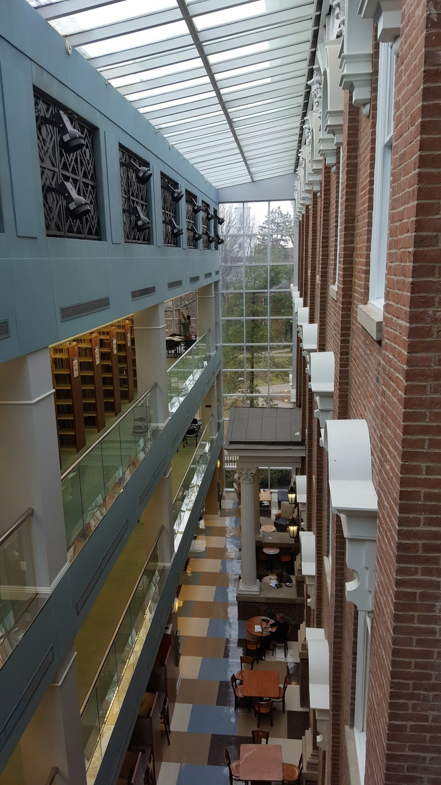 Eastern Kentucky University Libraries - library  | Photo 9 of 10 | Address: 583 University Dr, Richmond, KY 40475, USA | Phone: (859) 622-1790