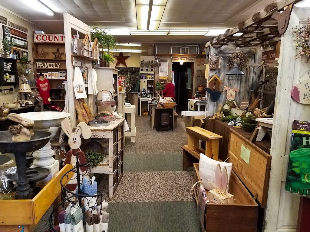 Country Cupboard Ohio - store  | Photo 8 of 10 | Address: 120 W Madison St, Gibsonburg, OH 43431, USA | Phone: (419) 287-0213