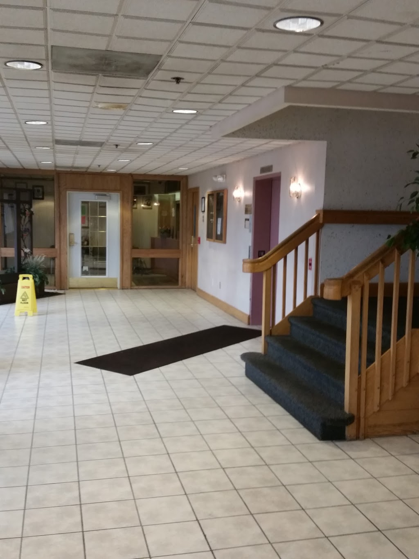 Rose Shores Athletic Club - health    Photo 1 of 9   Address: 31950 Little Mack Ave, Roseville, MI 48066, USA   Phone: (586) 296-2200