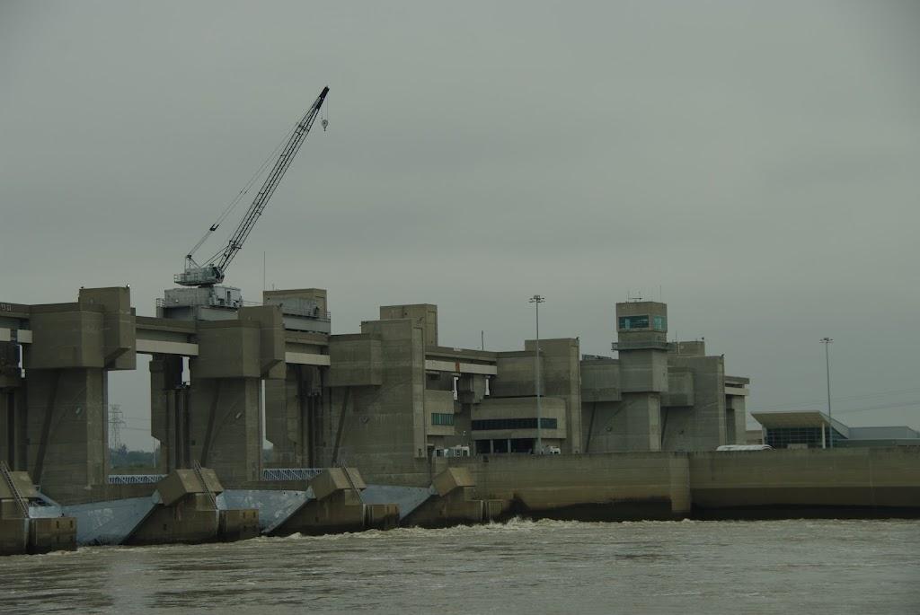 US Army Corps of Engineers - museum  | Photo 3 of 10 | Address: 1 Locks and Dam Way, Alton, IL 62002, USA | Phone: (618) 462-1713