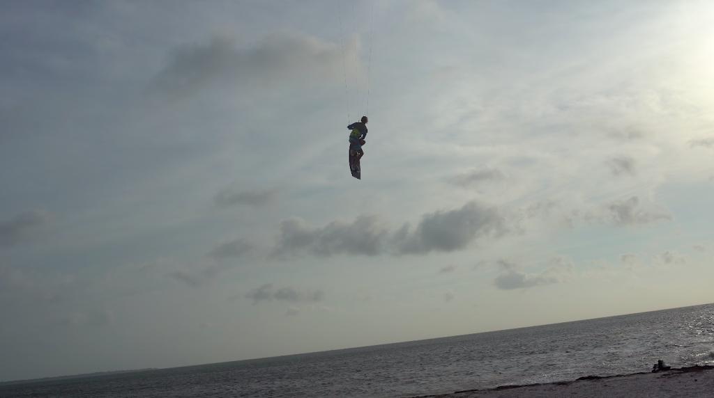 Kiteboarding Lessons St Petersburg - store  | Photo 9 of 10 | Address: I-275, St. Petersburg, FL 33715, USA | Phone: (774) 249-8062