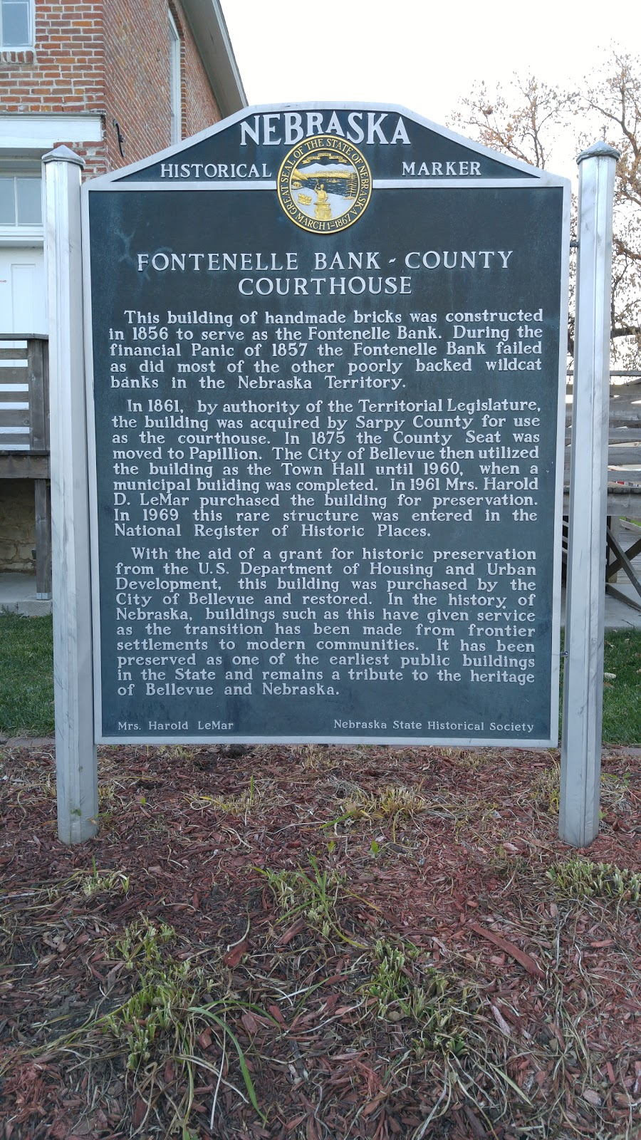 Fontenelle Bank - County Courthouse Historical Marker - atm    Photo 4 of 8   Address: Bellevue, NE 68005, USA   Phone: (402) 292-1880