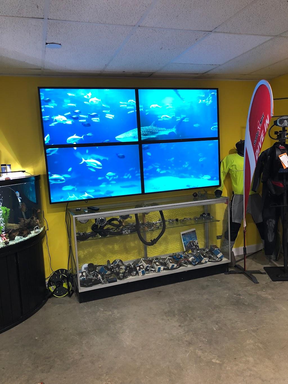 Berry Scuba & Swim School - travel agency  | Photo 10 of 10 | Address: 200 Northfield Rd, Northfield, IL 60093, USA | Phone: (847) 827-3100