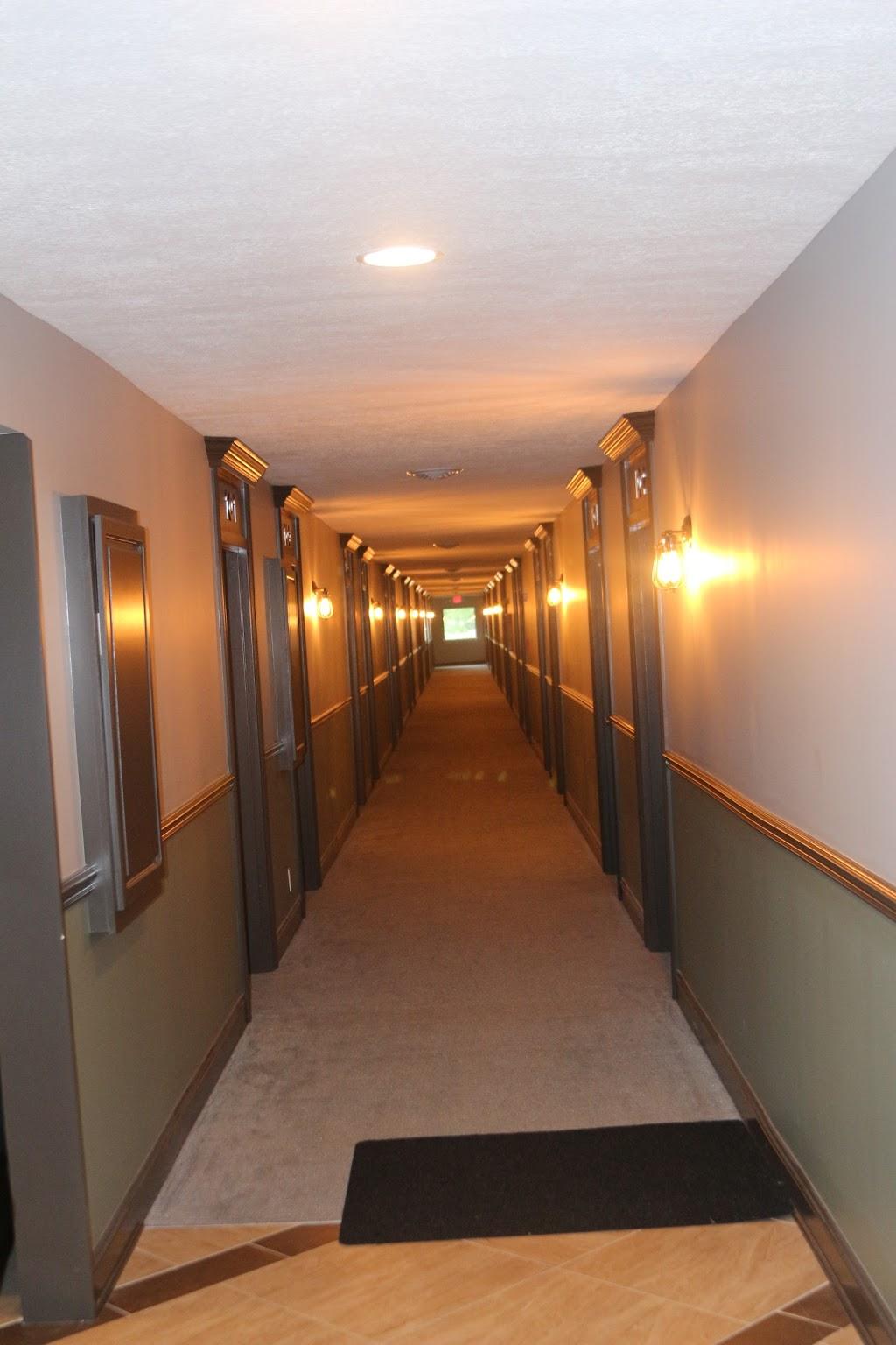 Inn Glenwood, LLC d/b/a/ HOTEL ARTHUR - lodging    Photo 4 of 10   Address: 707 S Locust St, Glenwood, IA 51534, USA   Phone: (712) 527-3175